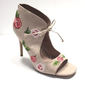 Betsey Johnson tan floral embroidered ankle boots